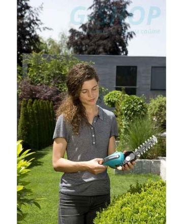 Lưỡi tỉa cây cảnh, hàng rào 12cm gardena 09863-20 - Nhập khẩu CH Séc